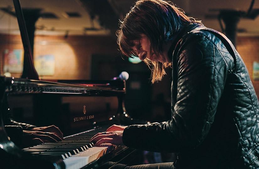 Maria Baptist Piano 825x540