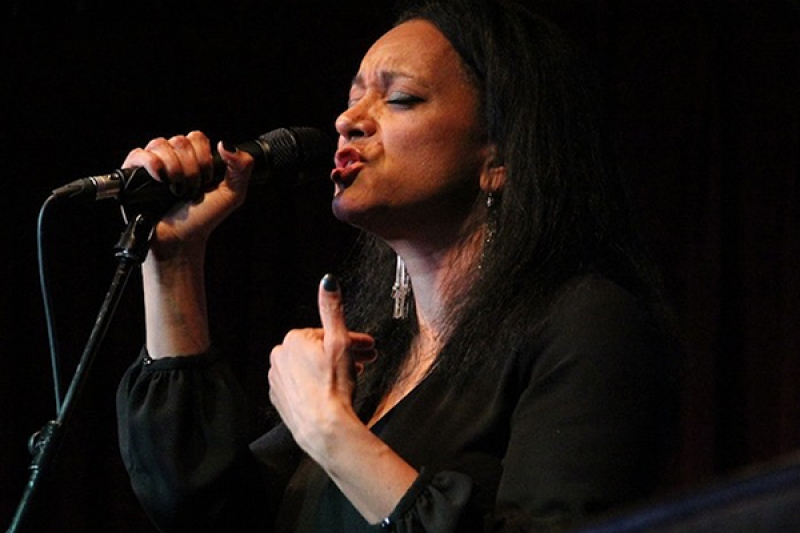 Gina Foster 'Soul Songstress' Photo 1