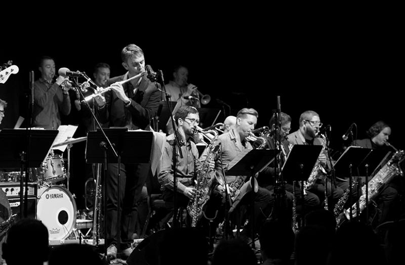 Lunchtime Special: Gareth Lockrane Big Band Photo 1
