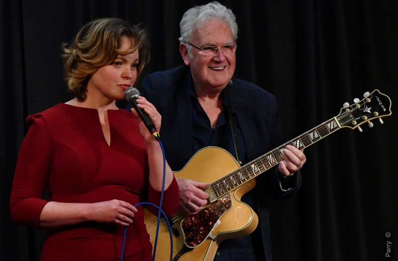 Zoe Francis featuring Jim Mullen - CD Launch Photo 1