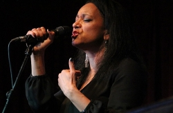 Gina Foster 'Soul Songstress'
