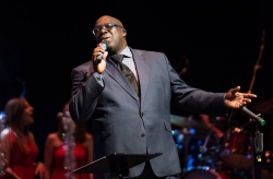 Lunchtime Special: Gospel Lunch featuring Junior Robinson