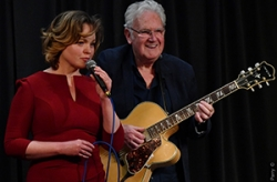 Zoe Francis featuring Jim Mullen